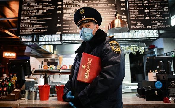 Путин поручил губернаторам закрыть на ночь кафе и ...