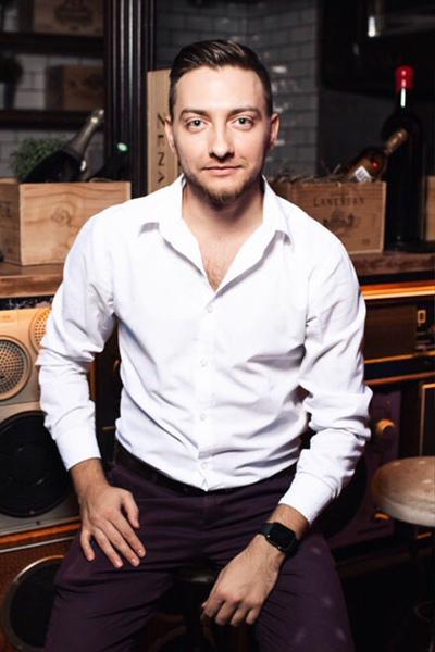 Дмитрий Сабадашев