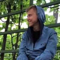 Даниил Лавров