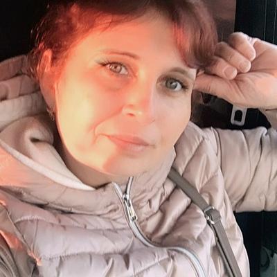Елена Луговская